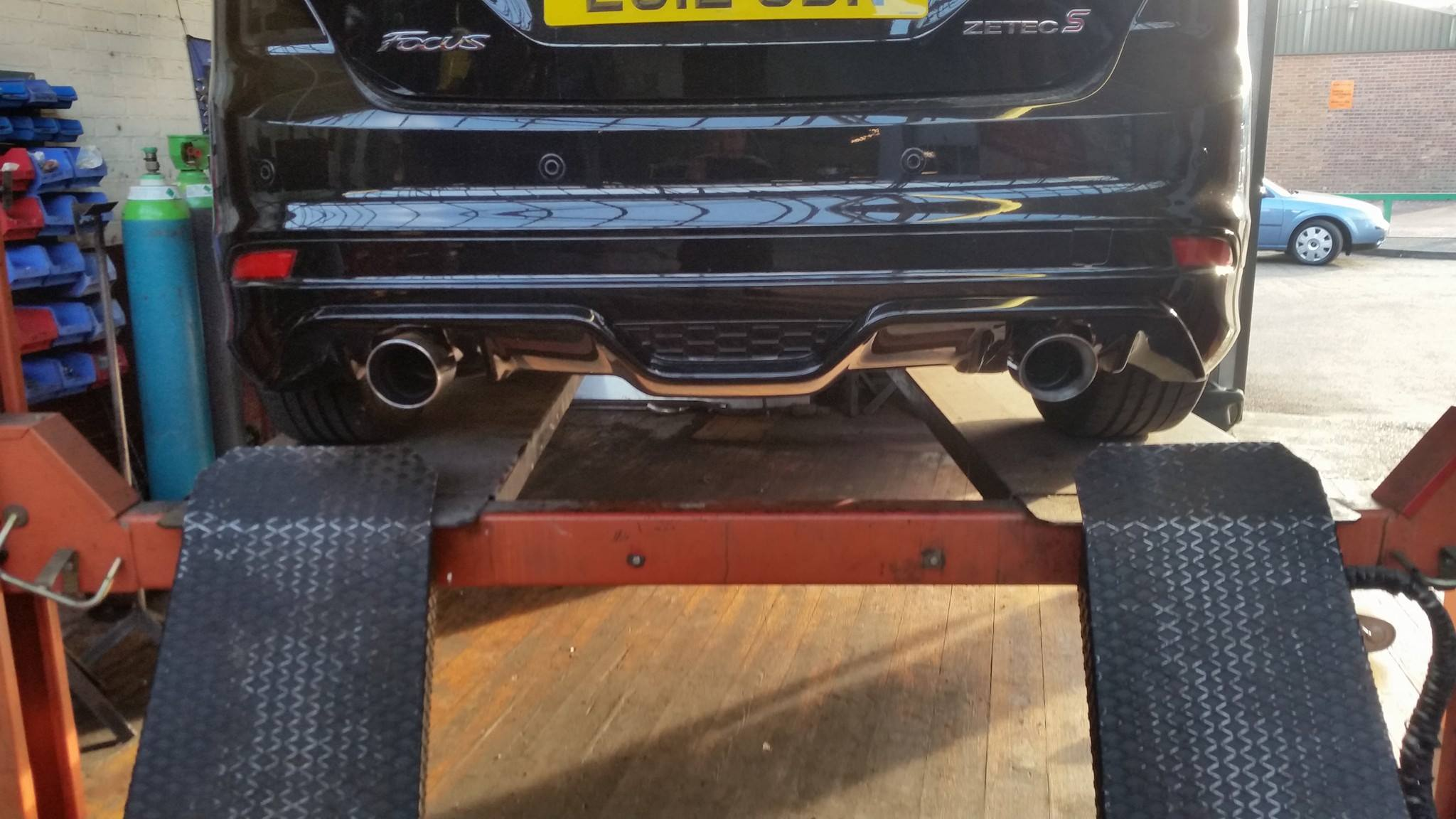 custom-ford-focus-exhaust-norwich